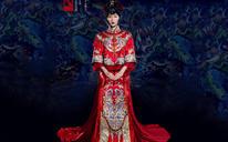 全新婚礼服《琉璃》系列秀禾服凤衔
