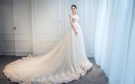 【超值】人气特惠全场万元婚纱三件套任租高定除外
