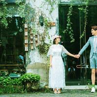 一场花开,一场相爱.穿过季节的长廊.