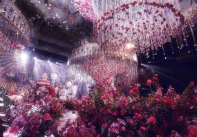 明星同款 奢华珠帘鲜花吊顶 唯美梦幻婚礼