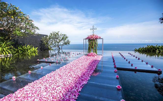 巴厘岛婚礼 宝格丽水上婚礼 独家华丽升级