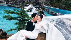 丽江玉龙雪山民族特色旅拍婚纱照送2天1晚酒店住宿