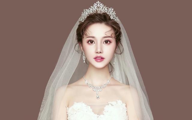 19新款韩式唯美婚纱造型