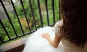 伊家婚纱婚礼现场 韩版可爱齐地纱