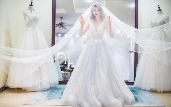 《特惠套餐》秀禾服主婚纱敬酒服 赠2件伴娘服