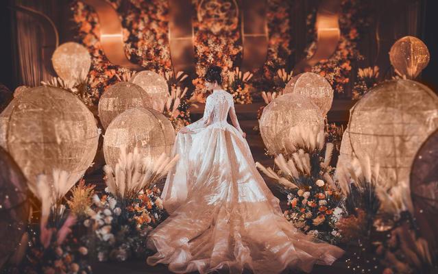 云端-温暖,由充满爱和希望的婚礼