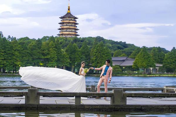 【杭州青禾摄影】西湖十景系列---《雷峰塔》