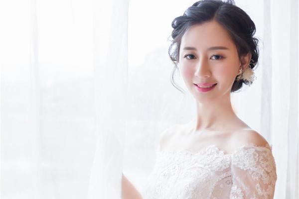 【BRIDES】温文尔雅