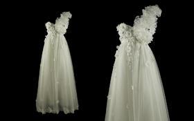 单肩高腰孕妇款齐地款婚纱