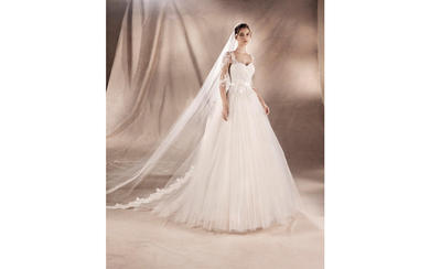 YAROSLAVA水晶刺绣线拖尾婚纱