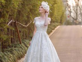 欧式高端重工金丝婚纱,给你大气奢华感