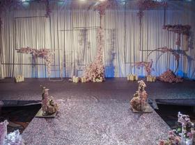 新娘日记婚礼套餐 粉色雨林婚礼布置