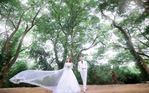 今夫人婚纱摄影服务于一身的婚纱影楼