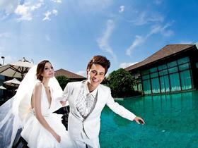 厦门巴厘风情婚纱摄影--简约海景婚纱照