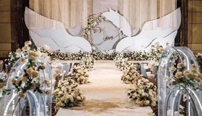 香槟金 室内 潮流 婚礼布置