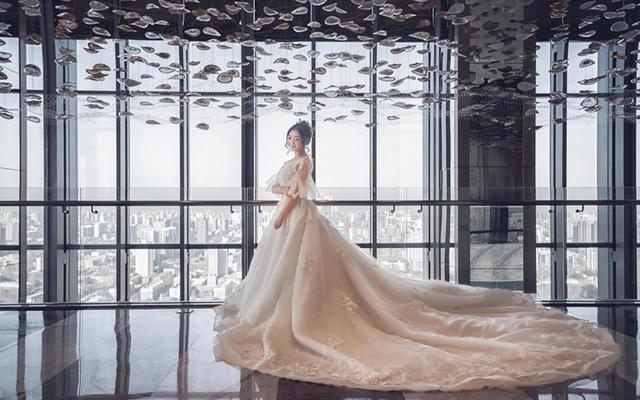 欣薇婚纱欣薇老师跟妆婚礼返图