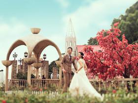 香港国艺+创意产业园双外景 创意婚纱照