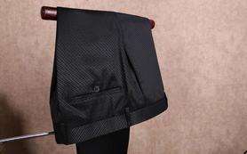 量身定制男士西裤和定制男士衬衫一件
