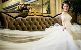 吾悦婚纱礼服高级定制-超长拖尾奢华款婚纱