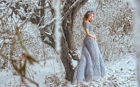 【蓝朵摄影】月色与雪色之间,你是第三种绝色