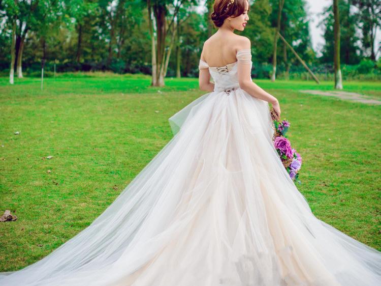 奢华超值秒杀新娘婚礼礼服