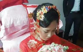 新娘美美的出嫁要狠狠的幸福哦