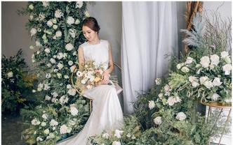 【超值】尊贵婚纱+纯手工裙褂+礼服