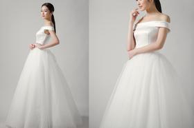 缎面和纱拼接款一字肩齐地婚纱