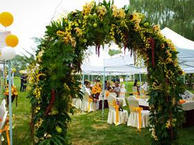 【花木元素】户外婚礼橙色婚礼花艺定制草坪婚礼
