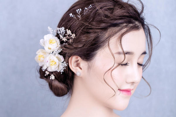 【摩可时尚美妆】鲜花小清新当日新娘