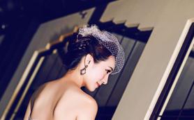 高端新娘婚礼跟妆