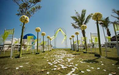 艾斯薇婚礼会馆-小东海草坪婚礼