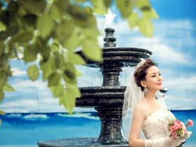 漂亮新娘《爱在今朝》双摄影超值套系