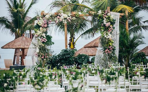 海棠湾威斯汀酒店森系草坪婚礼【有你在身边】