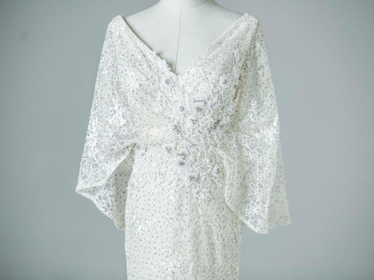 【超值租赁】v领大气非凡白色礼服