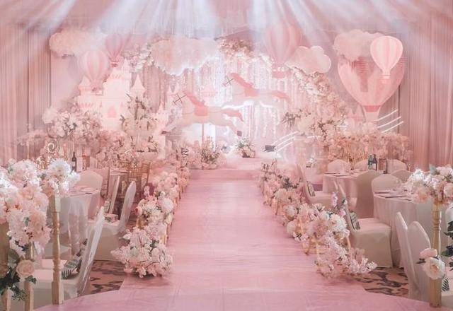 少女心爆棚的主题婚礼现场布置