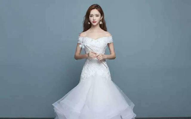 高端婚纱订制,新娘早妆、跟妆