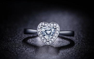 【爱的传递】 白18K金 钻石女戒