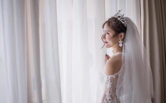 三亚婚礼跟拍摄影摄像海景草坪沙滩照片拍摄单机位