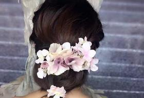 专业新娘跟妆花花打造最完美的你