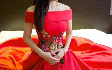 【丝壹】缎面花蓓刺绣一字肩红色礼服