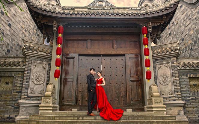 城市旅拍复古创意 小清新婚纱照底片全送 一价全包