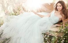 安吉莉娜动感新娘出门纱