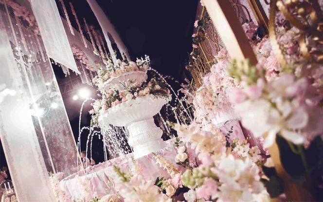【鹿小姐婚礼中心】   粉色秘密庄园清新少女婚礼