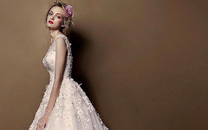 AYA精品轻奢系列婚纱礼服八件套