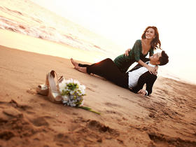 简约沙滩海景婚纱照
