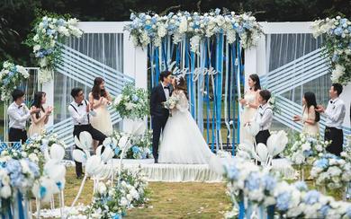 【怦然心动.Hug You】蓝白色调的户外婚礼