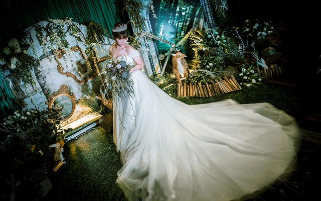 【典尚婚礼】奇妙神秘森林 森系创意 花艺饱满婚礼