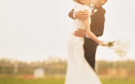 ,平凡一点,简单一点,真诚一点,恋爱才能幸福久远