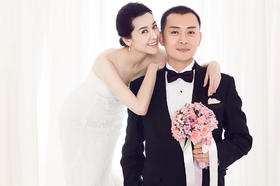 【TOP明星】TOP定制影星黄海冰夫妇婚礼服